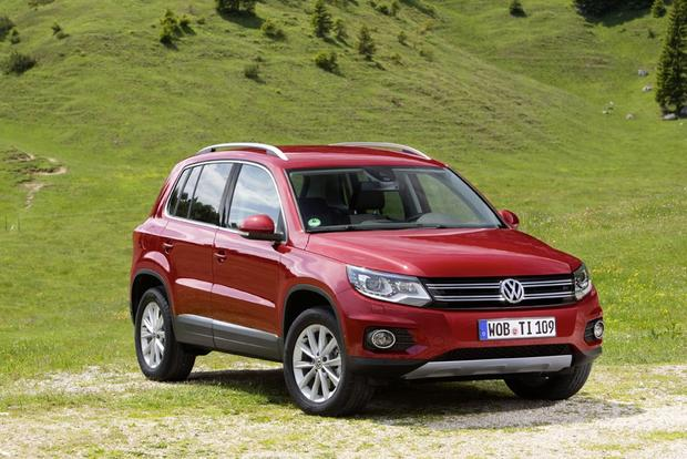 2013 volkswagen tiguan new car review autotrader. Black Bedroom Furniture Sets. Home Design Ideas