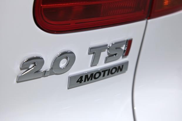 2014 VW Tiguan: Detroit featured image large thumb9
