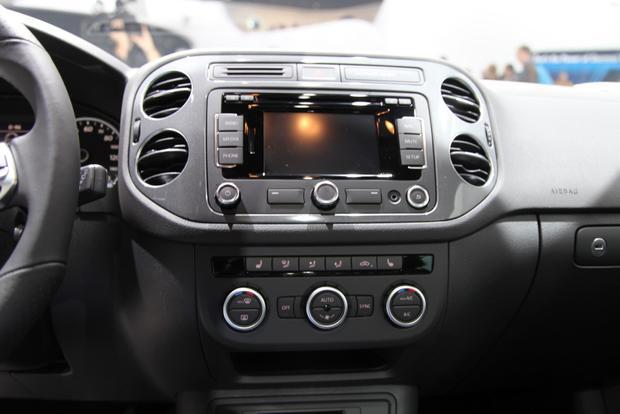 2014 VW Tiguan: Detroit featured image large thumb13