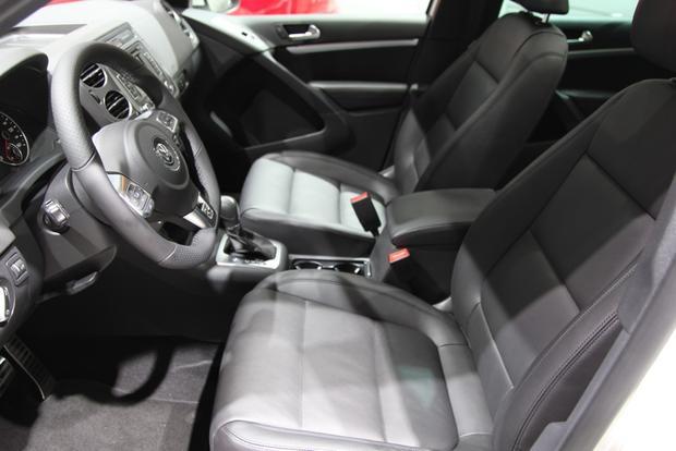 2014 VW Tiguan: Detroit featured image large thumb14
