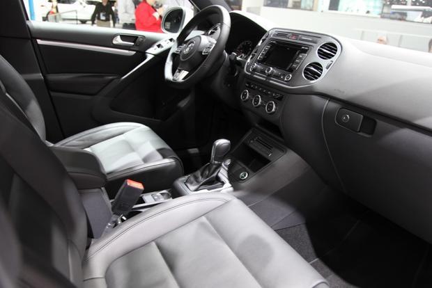 2014 VW Tiguan: Detroit featured image large thumb16