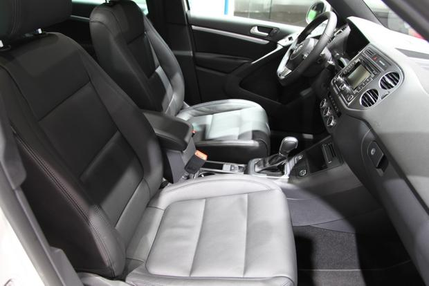 2014 VW Tiguan: Detroit featured image large thumb17