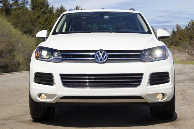 2013 volkswagen touareg new car review autotrader. Black Bedroom Furniture Sets. Home Design Ideas