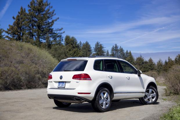 2013 Volkswagen Touareg: New Car Review featured image large thumb4