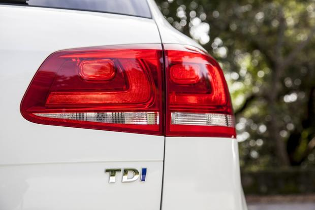 2013 Volkswagen Touareg: New Car Review featured image large thumb6