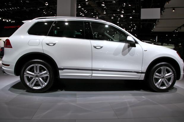 2014 VW Touareg: Detriot featured image large thumb2