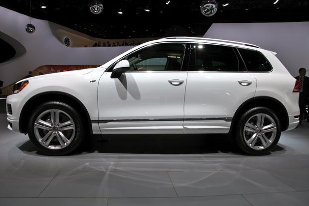 2014 VW Touareg: Detriot featured image large thumb6