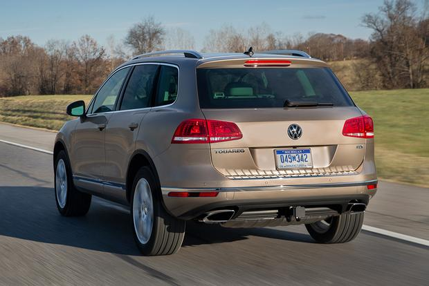 2015 Volkswagen Touareg: New Car Review featured image large thumb1