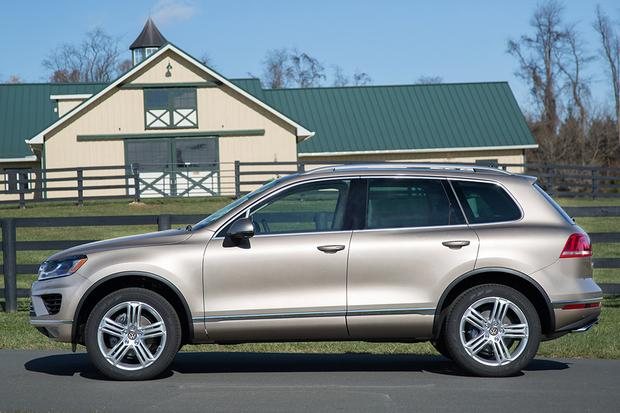 2015 Volkswagen Touareg: New Car Review featured image large thumb3