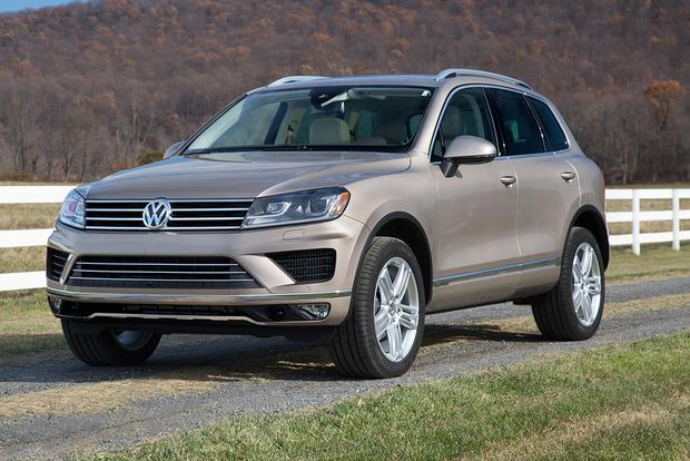 2015 Volkswagen Touareg: New Car Review featured image large thumb4