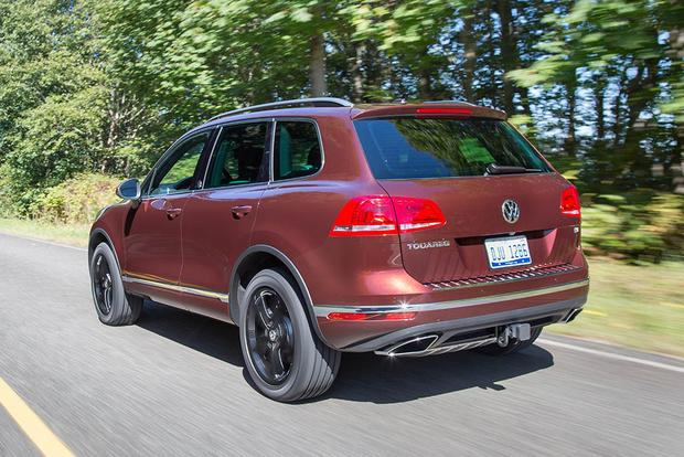 2017 Volkswagen Touareg: New Car Review featured image large thumb1