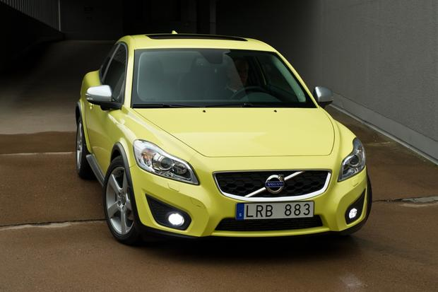 2012 Volvo C30: New Car Review featured image large thumb1
