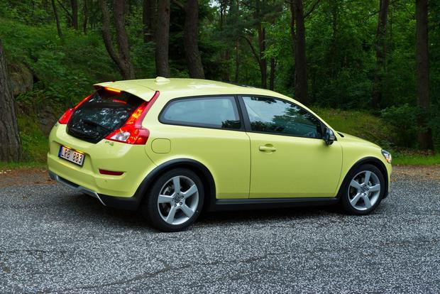 2012 Volvo C30: New Car Review featured image large thumb2