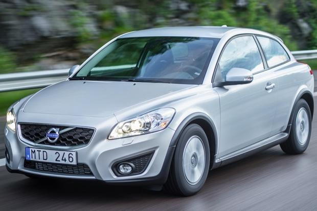 2013 Volvo C30: New Car Review featured image large thumb1