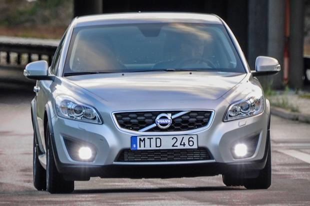 2013 Volvo C30: New Car Review featured image large thumb2