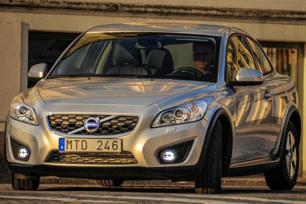 2013 Volvo C30: New Car Review featured image large thumb4