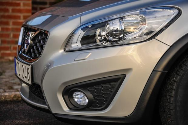2013 Volvo C30: New Car Review featured image large thumb8