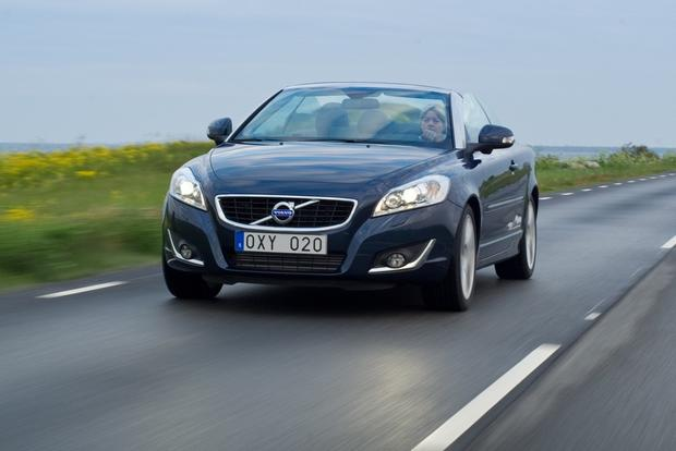 2012 Volvo C70: New Car Review featured image large thumb2
