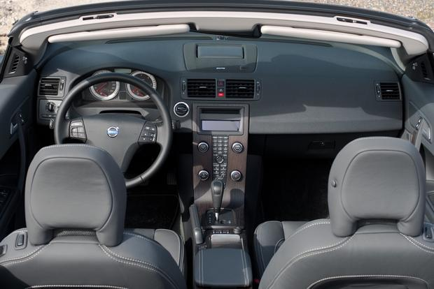 2012 Volvo C70: New Car Review featured image large thumb13