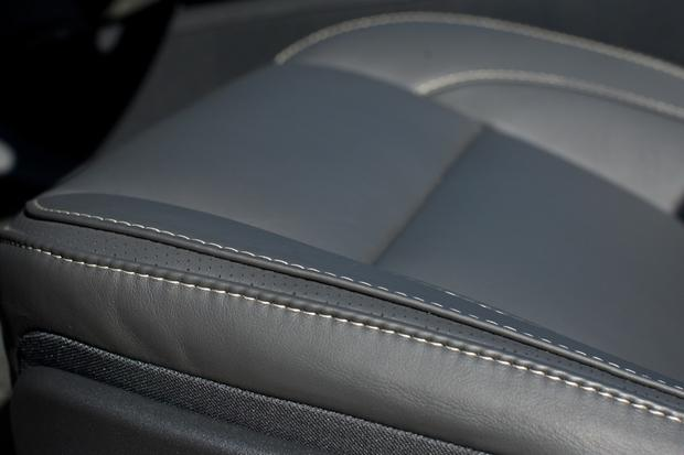 2012 Volvo C70: New Car Review featured image large thumb16