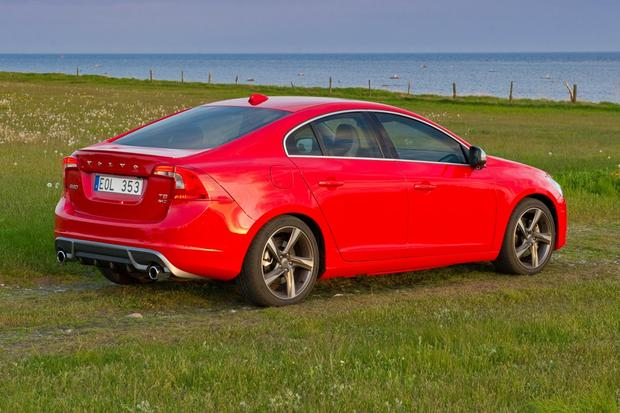 2012 Volvo S60: New Car Review featured image large thumb4