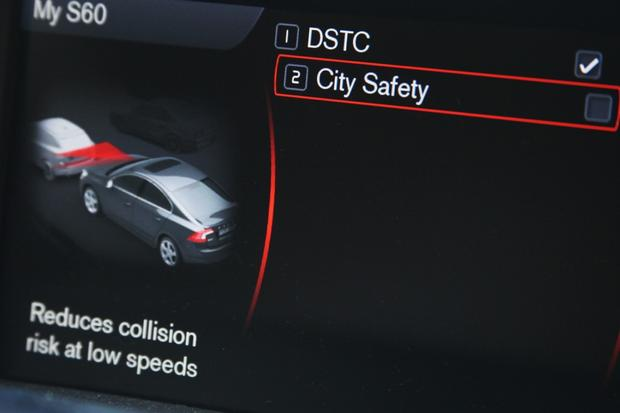 2012 Volvo S60: City Safety in Action featured image large thumb1