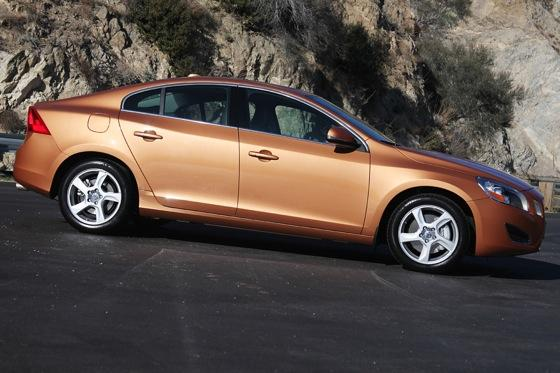 2012 Volvo S60: Performance Anxiety featured image large thumb2