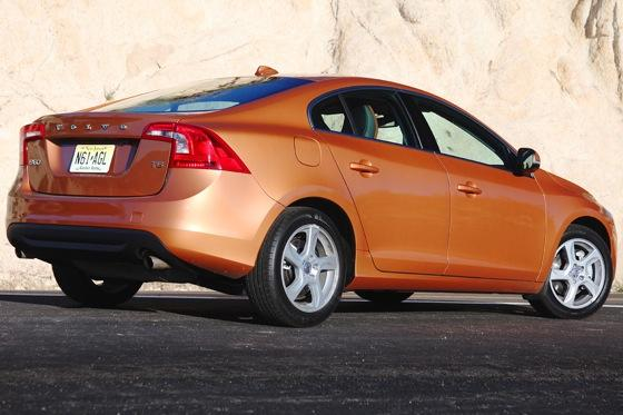 2012 Volvo S60: Performance Anxiety featured image large thumb3