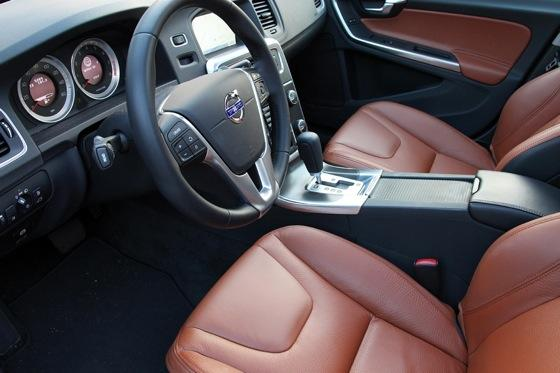 2012 Volvo S60: Interior Motives featured image large thumb0