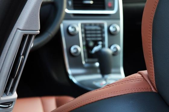 2012 Volvo S60: Interior Motives featured image large thumb6