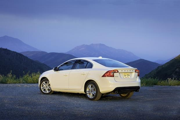 2013 Volvo S60: New Car Review featured image large thumb3