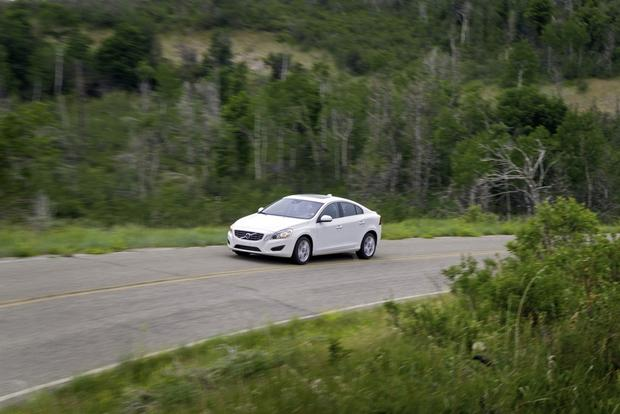 2013 Volvo S60: New Car Review featured image large thumb5