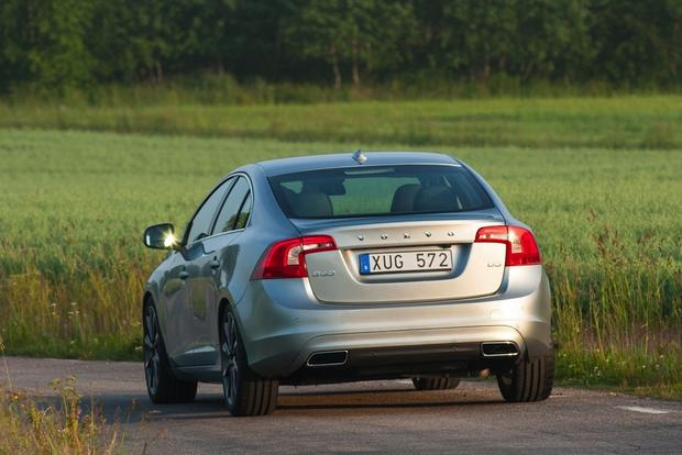 2014 Volvo S60: New Car Review featured image large thumb1