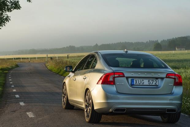 2015 Volvo S60: New Car Review featured image large thumb0