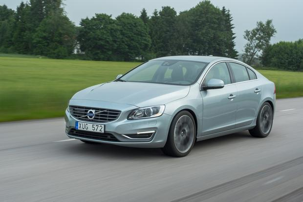 2015 Volvo S60: New Car Review featured image large thumb2