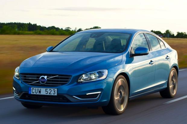 2015 Volvo S60: New Car Review featured image large thumb4