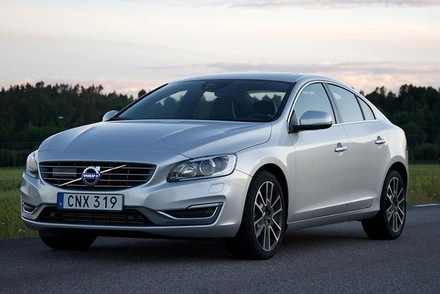 2016 Volvo S60: New Car Review featured image large thumb4