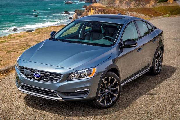 2017 Volvo S60 Cross Country: New Car Review - Autotrader