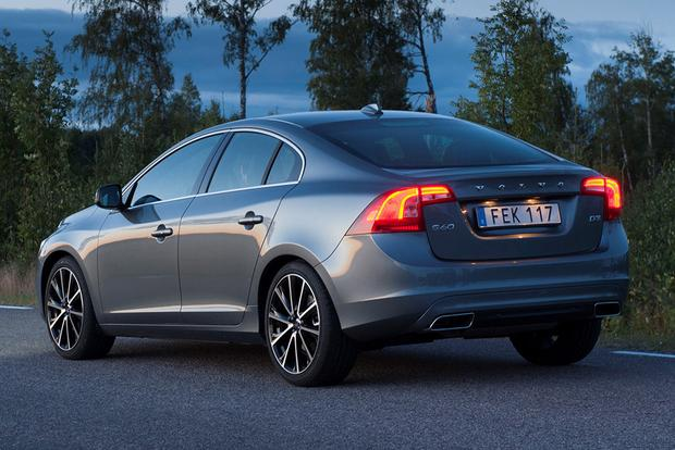 2018 Volvo S60: New Car Review featured image large thumb2