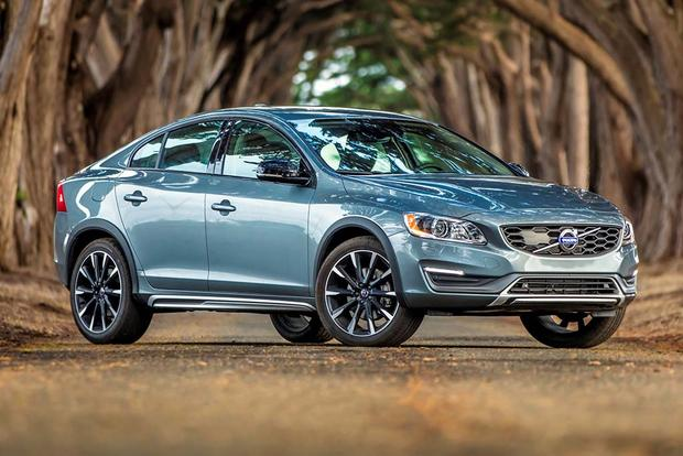 2018 Volvo S60 Cross Country: New Car Review featured image large thumb5