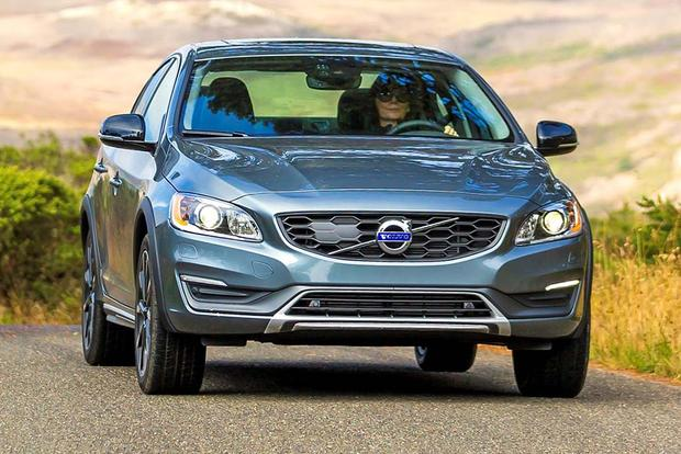 2018 Volvo S60 Cross Country: New Car Review featured image large thumb0