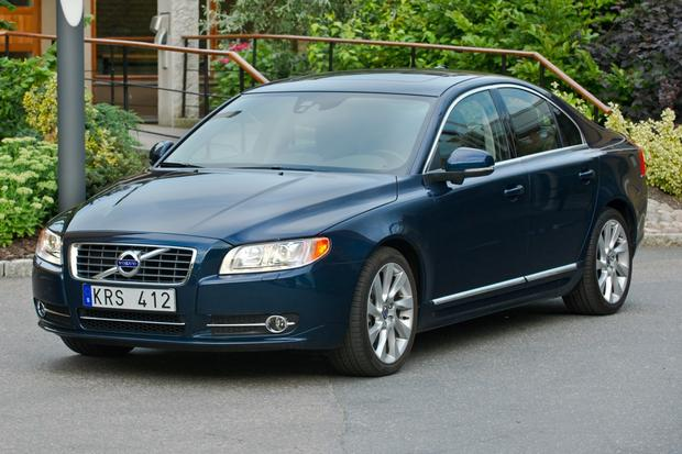 2013 Volvo S80: New Car Review featured image large thumb1