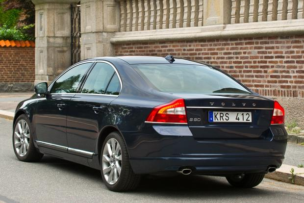 2013 Volvo S80: New Car Review featured image large thumb2
