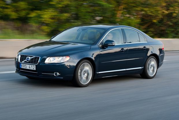 2013 Volvo S80: New Car Review featured image large thumb7