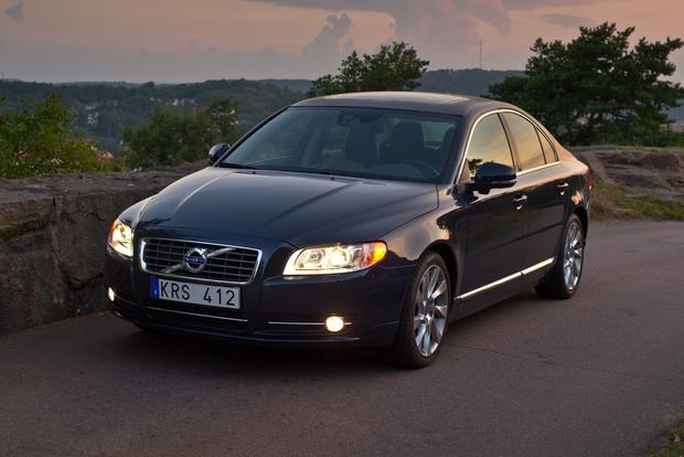 2013 Volvo S80: New Car Review featured image large thumb10