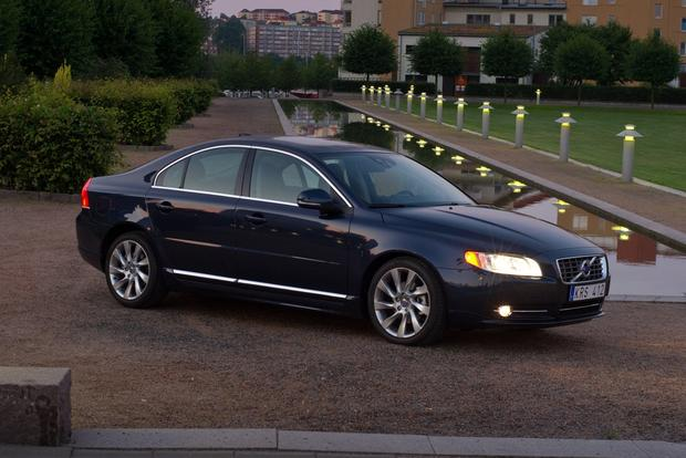 2013 Volvo S80: New Car Review featured image large thumb11