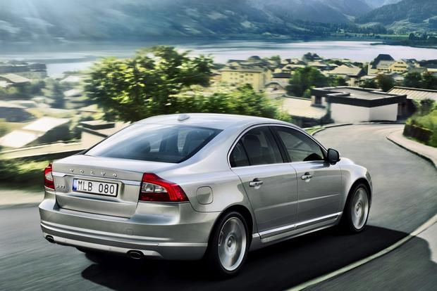2014 Volvo S80: New Car Review featured image large thumb0