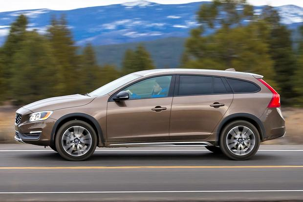 2015 Volvo V60 Cross Country: New Car Review featured image large thumb2