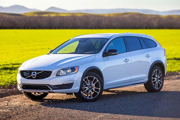 2016 Volvo V60 Cross Country New Car Review Featured Image Large Thumb2
