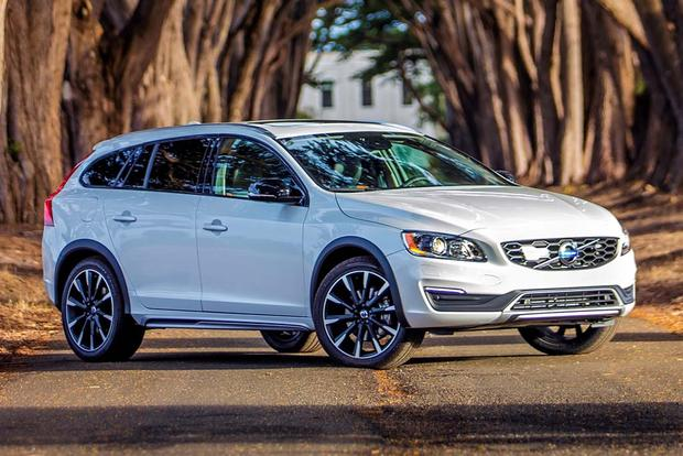 2016 Volvo V60 Cross Country New Car Review Featured Image Large Thumb4